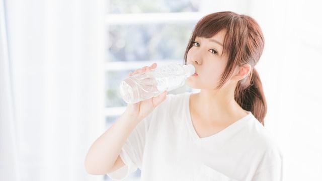 水素水の成分や副作用!効果的な飲み方や一日に飲む量はどれくらい!